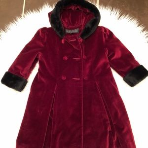 Donna Salyers Fabulous Furs